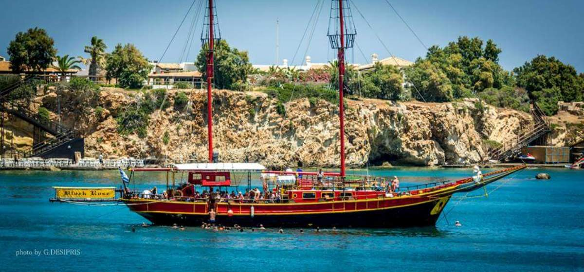 Cruise on Pirate boat Black Rose Tour from Hersonisos